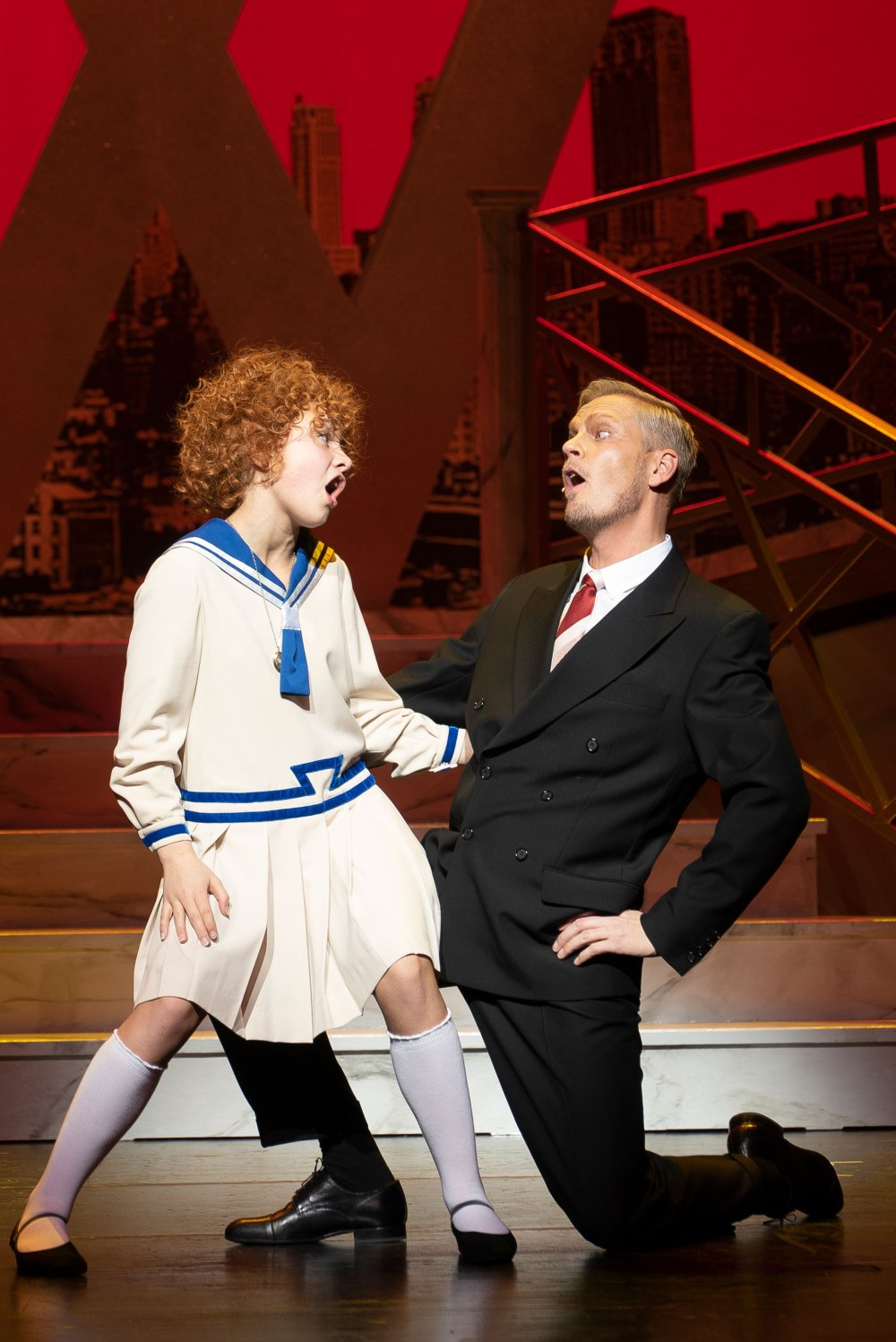 annie-the-musical-098